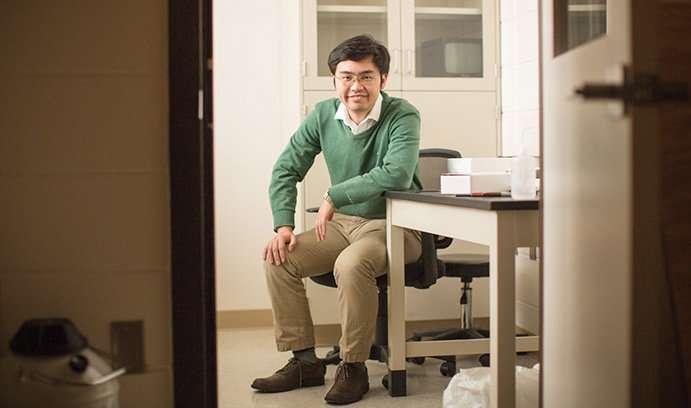 徐晓吉_徐晓吉,化学系助理教授,莱高大学.来源:道格拉斯·本尼迪克特